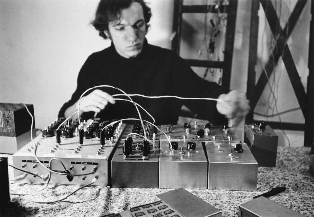 Martin Bartlett Performance, Martin Bartlett, Michael de Courcy, 1969
