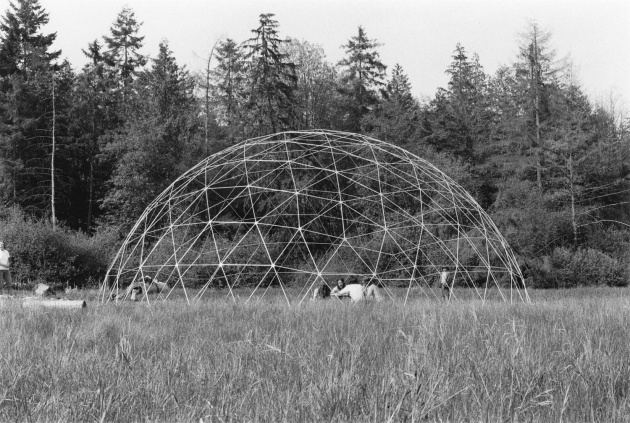 Geodesic dome construction on the mudflats, Michael de Courcy, 1970