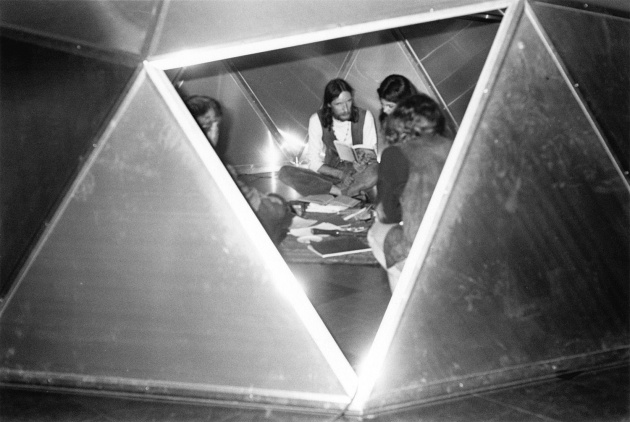 Michael de Courcy, Poetry reading in an aluminum dome, 1970